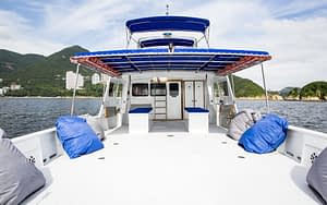 Charters - luxury boat hire in Hong Kong